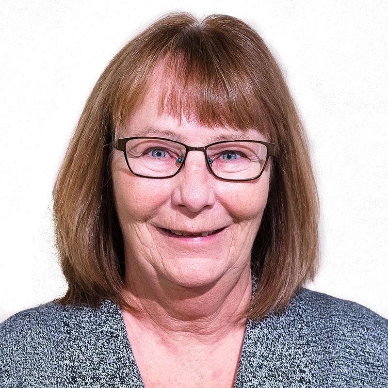 Linda Vernier Headshot
